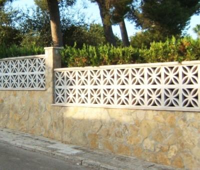 Construcción muro en vivienda